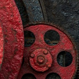 Red gear on black winch