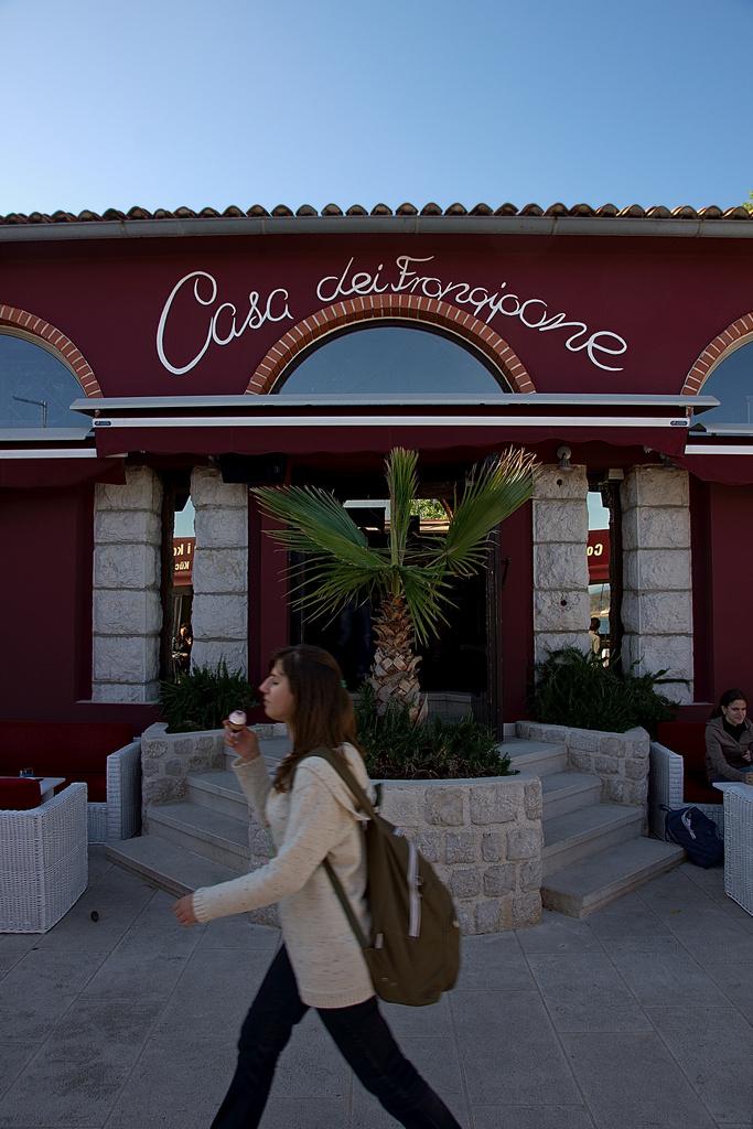 Street Cafe, Krk