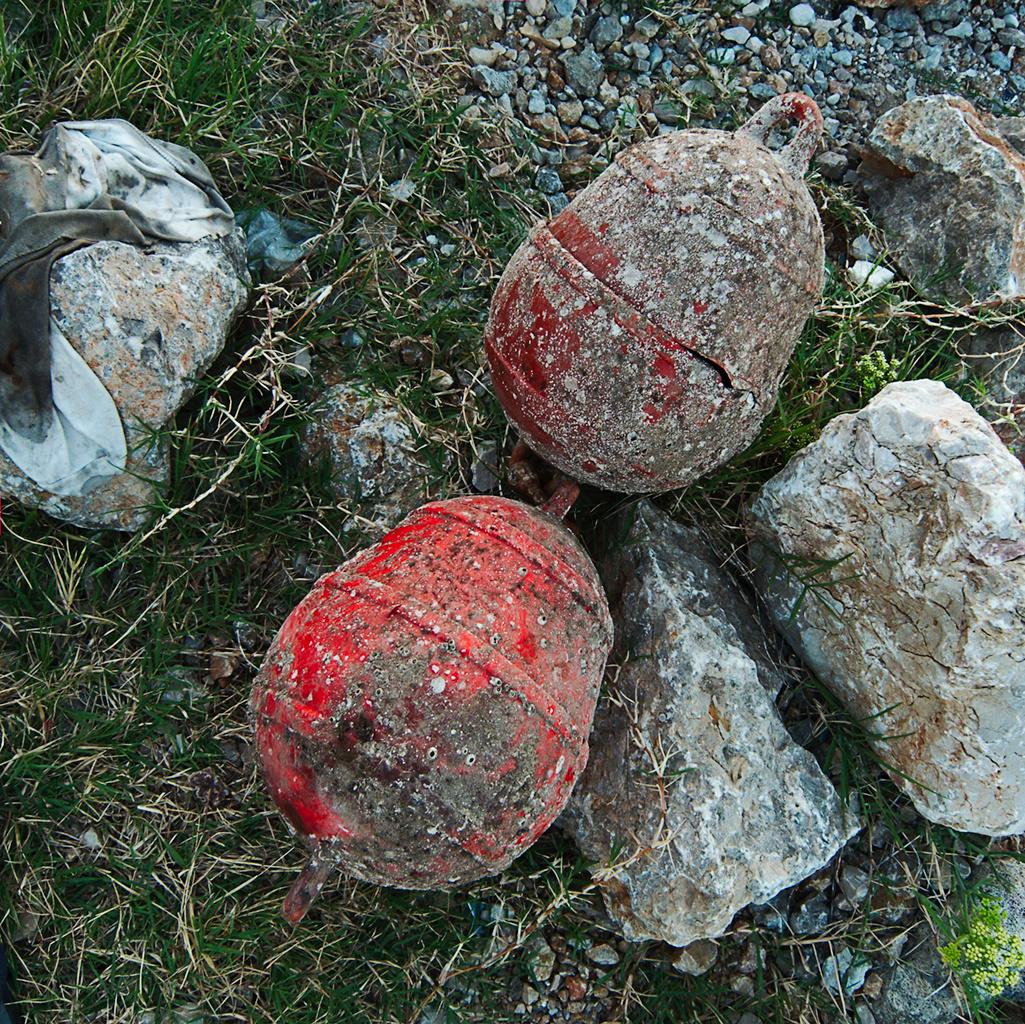 Click to enlarge: Fishermen's Easter Eggs [f/3.5, 1/60 sec, 5mm-e, ISO 100, DMC-LX3]