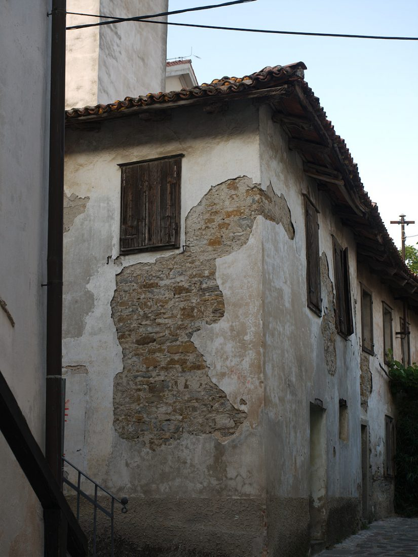 Old Walls: House, Slovenia, Spillover, Wall WP