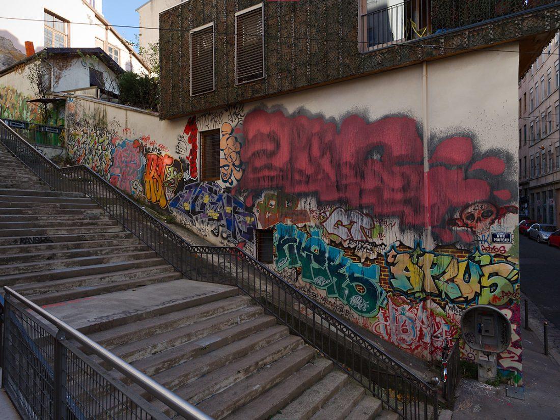 All Along The Wall: Blog, Graffiti, Main Blog, Urban