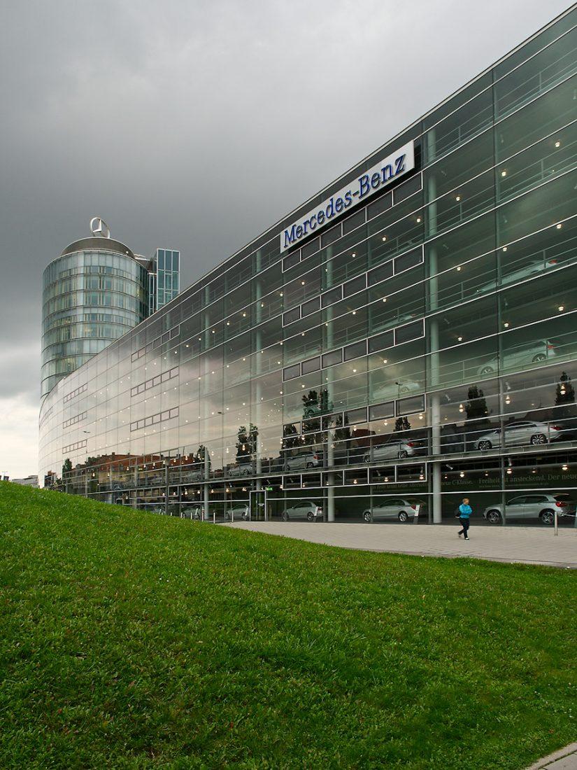 Storm over Mercedes-Benz: Blog, Urban