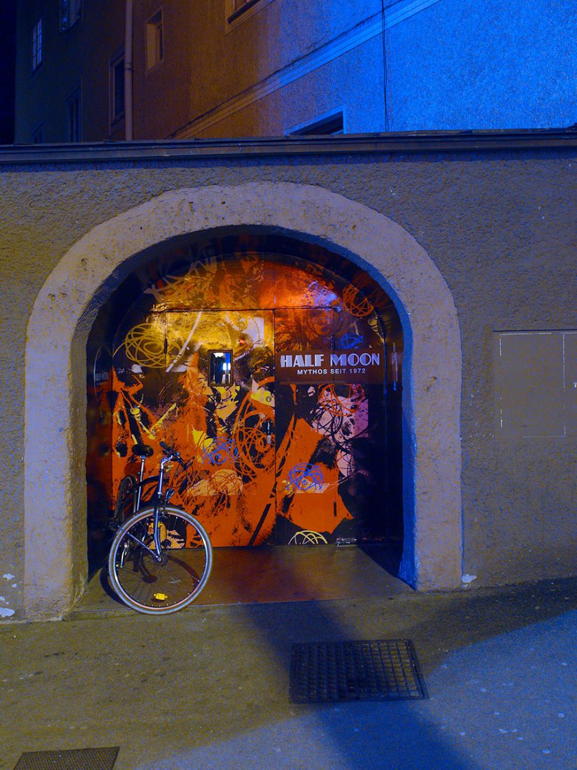 HALF MOON: Blog, Urban, night