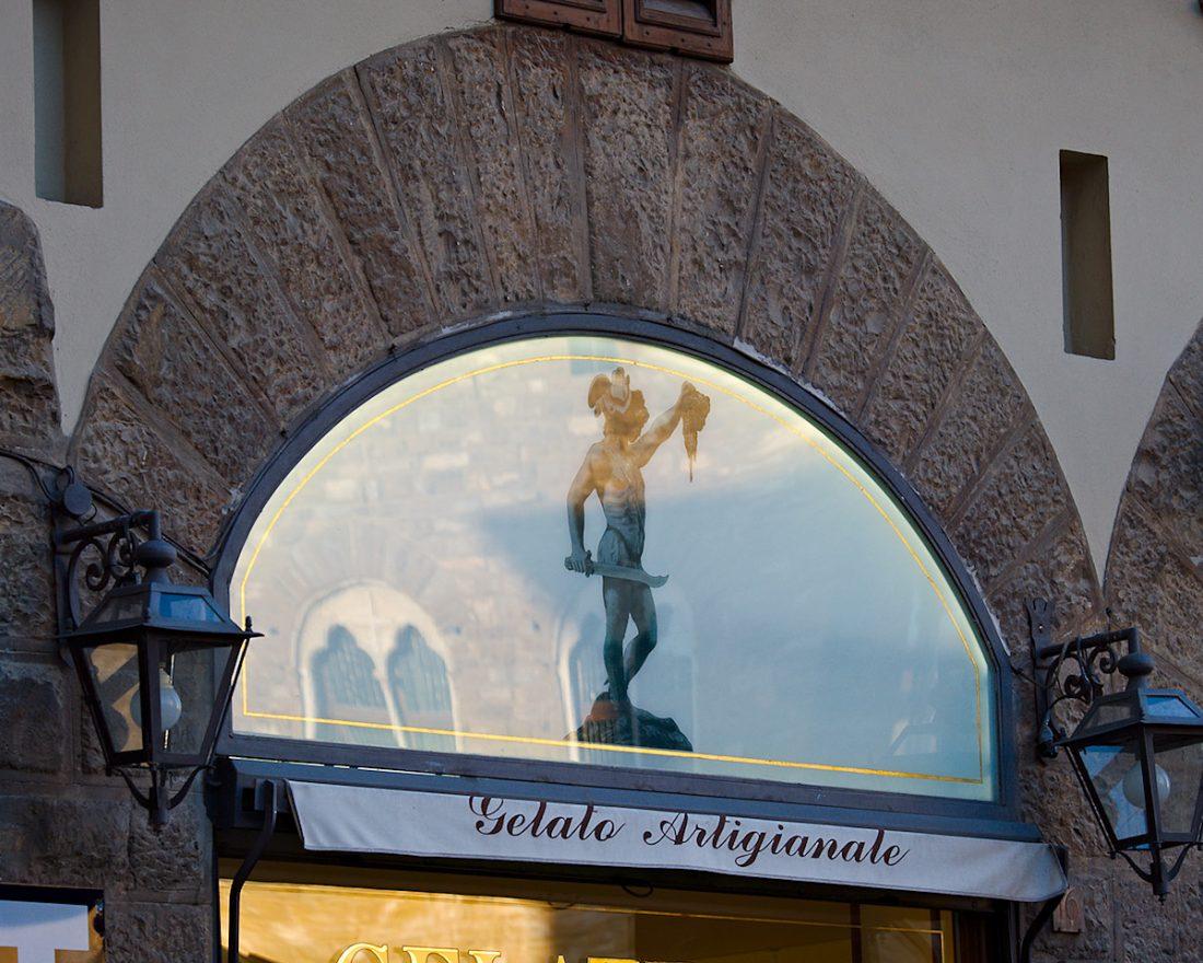 Gelato Artigianale: Blog, Urban, reflection