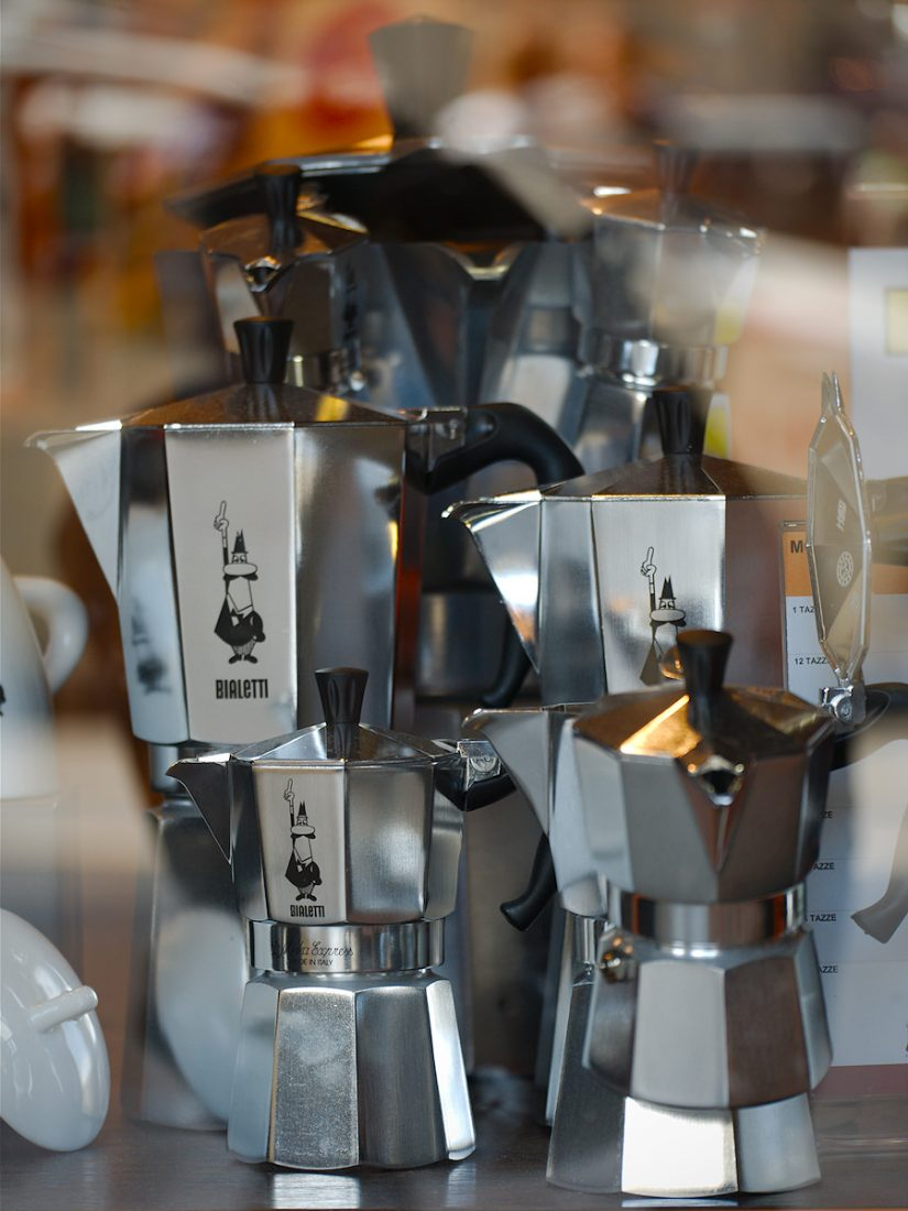 Feeding my Addiction: Bialetti, Blog, Urban, shop window
