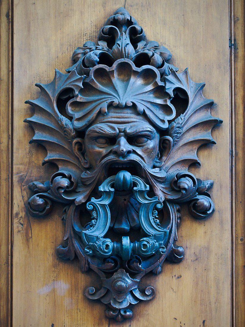 Not your average Knocker: Blog, Urban, doors and windows