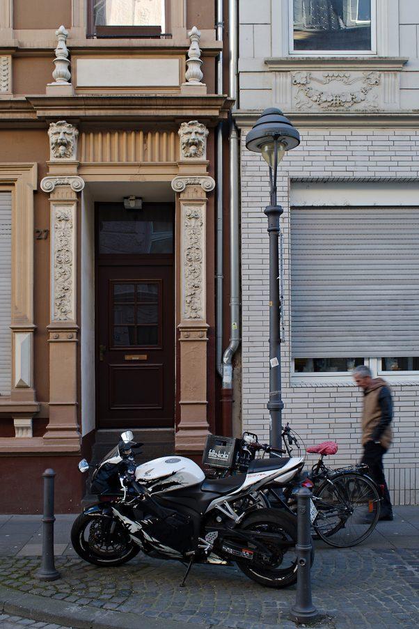 Door and Bikes, , Bonn