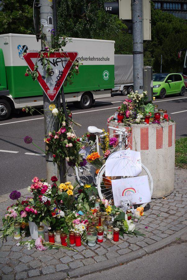 New Ghost Bike, Reichenbachbrücke, Munich, Politics, Urban