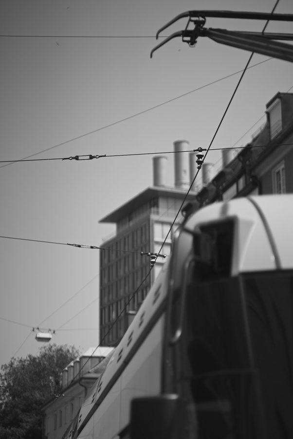 Electrified, Müllerstraße 30, Munich, geotagged, Black & White, Pentax-M 2.0 85mm, The Seven, Urban
