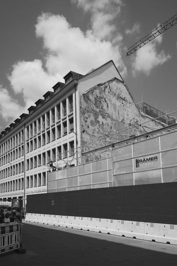 Black Band, Prannerstr, Munich, Black & White, Urban