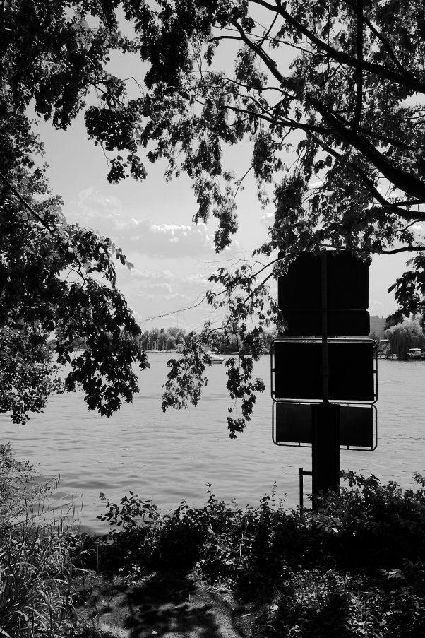 Signs of Civilisation, Schloßgarten Köpenick, Berlin, geotagged, Black & White, Common Places, Urban