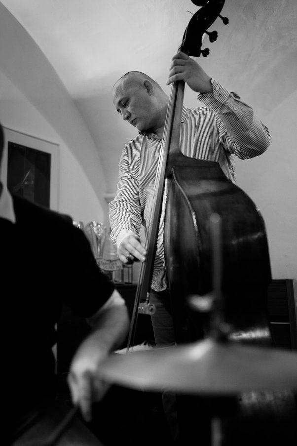 Bass Player II, Pfaffei, Bad Reichenhall, Black & White, Urban