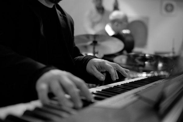 The Pianist, Pfaffei, Bad Reichenhall, Black & White, Urban