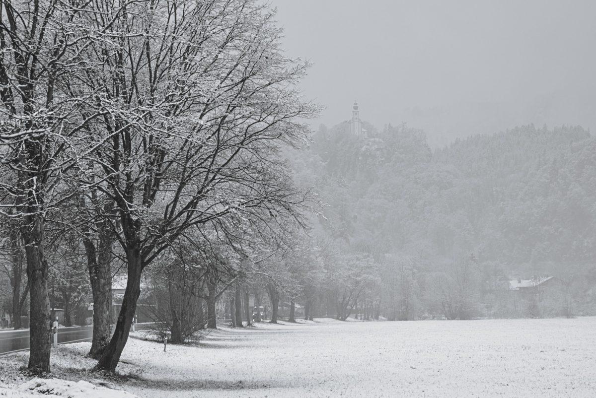 Late_winter_snow.jpg