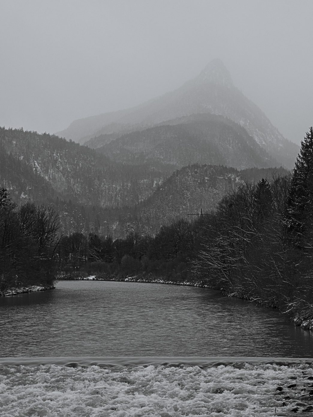 Snow_coming_in.jpg