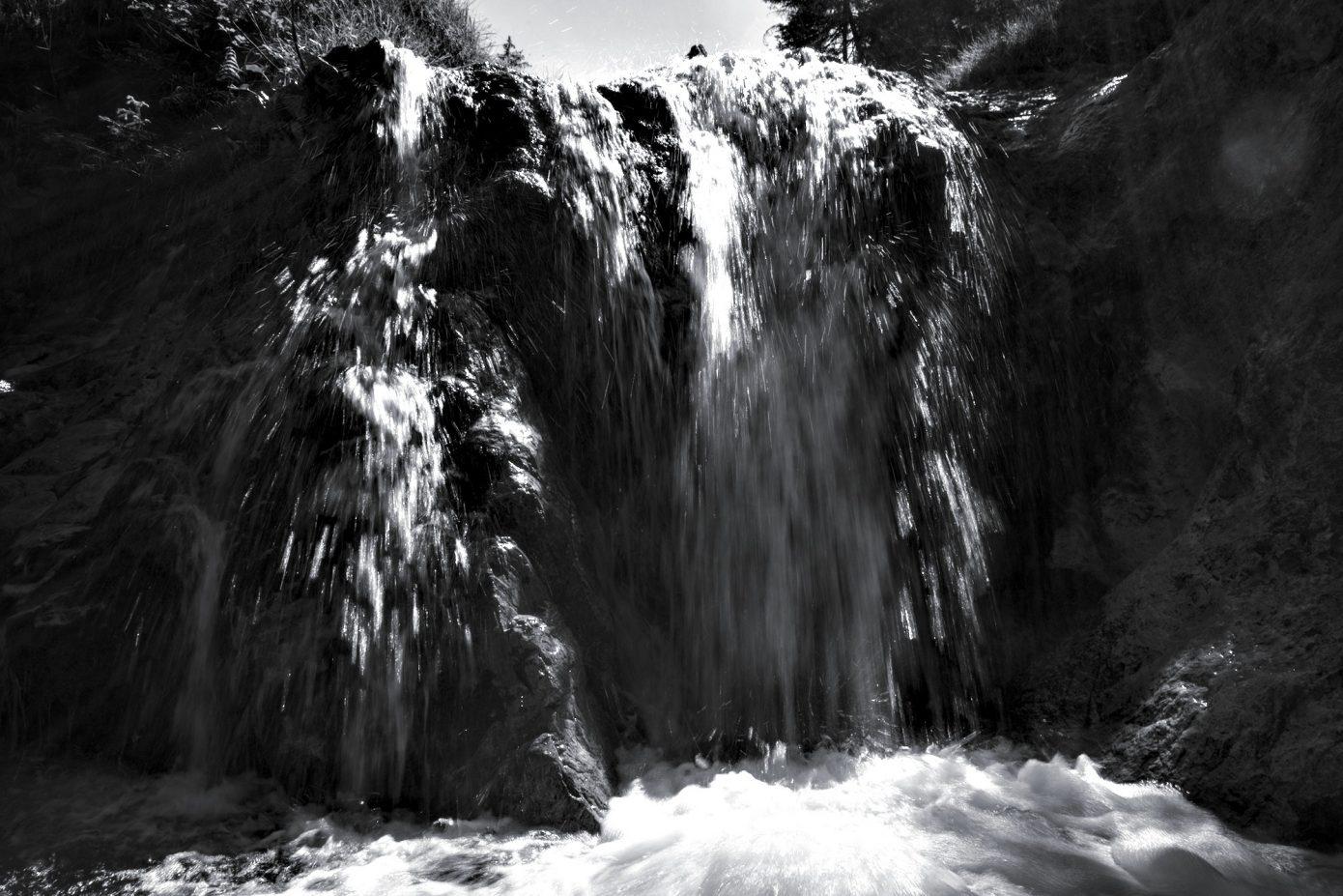 Jumping_Waters.jpg